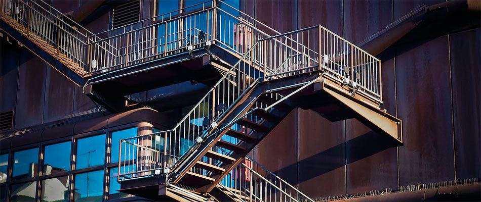 Испытание лестниц в Москве